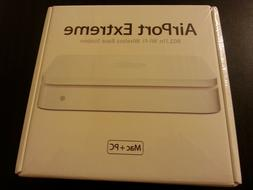 Apple AirPort Extreme Base Station 1st Gen, MA073LL/A
