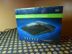 Linksys E1200 300 Mbps 2,4 GHZ 4-Port 10/100 Wireless N Rout