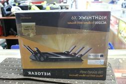 NETGEAR Nighthawk X6 AC3200 Tri-Band WiFi Router R8000-100NA